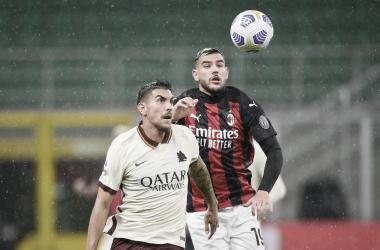 Em jogo de seis gols, prevalece equilíbrio entre Milan e Roma e clássico termina empatado
