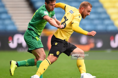 LONDON, ENGLAND - JULY 27: Aritz Elustondo of Real Sociedad battles for possession with Jiri Skalak of Millwall during the Pre-Season Friendly between Millwall and Real Sociedad at The Den on July 27, 2019 in London, England. (Photo by Harriet Lander/Getty Images)