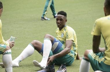 Valorizando campeões: Palmeiras aumenta salário e multa de Mina