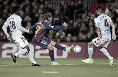 Em busca da liderança, Barcelona visita Celta de Vigo e tenta quebrar sequência negativa