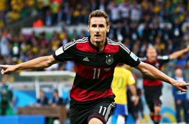 "Klose marcou e ultrapassou o ""Fenómeno"" na lista de melhores marcadores de Mundiais. (Fonte: FIFA)"