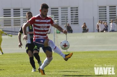 Pablo Vázquez en el partido del Granada B contra el Cartagena | Foto: María José Ramírez