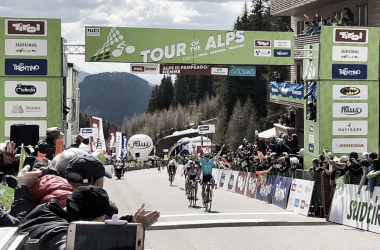 Miguel Angel Lopez vince sull'Alpe di Pampeago. Fonte: Tour of The Alps/Twitter