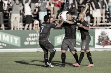 Minnesota United FC players celebrate during their match against Fort Lauderdale | Photo: Minnesota United FC