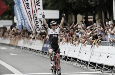 Bauke Mollema celebrando su triunfo | Foto: Donostiako Klasikoa