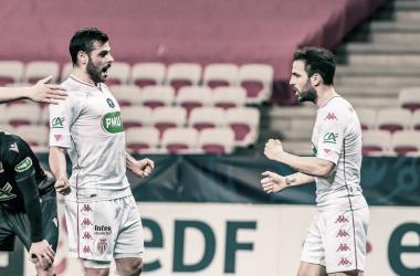 Com gol em cada tempo, Monaco vence clássico contra Nice e segue na Copa da França