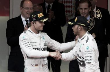 Hamilton desiludido e Rosberg vence pela 3ª vez no Mónaco (foto:Mercedes)