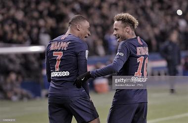 Mbappé y Neymar celebran. Photo: Getty images