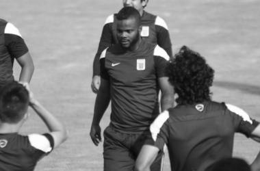 Montaño regresó a Alianza Lima para la temporada 2016. Foto: elbocon.pe