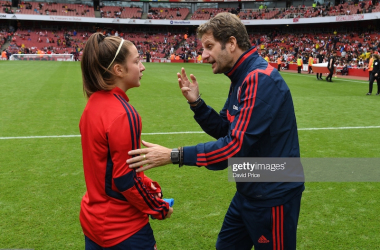 LONDON, ENGLAND - JULY 28: Arsenal Women Manager Joe Montemurro talks to Ruby Grant of Arsenal after the match between Arsenal Women and Bayern Munich at Emirates Stadium on July 28, 2019 in London, England. (Photo by David Price/Arsenal FC via Getty Images)
