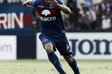 Fútbol total: Montillo, figura en la Superliga (Foto: Tigre Oficial).