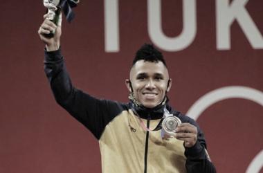 Mosquera en el podio. Foto : Comite Olimpico Colombiano
