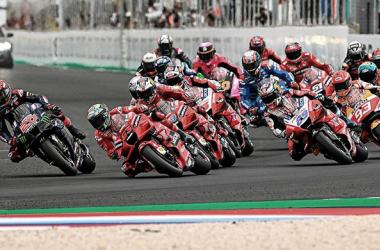 Salida de MotoGP en Misano, durante el GP del mes pasado. Foto: motogp.com