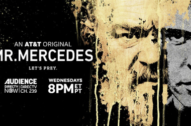 "Afiche primera temporada de Mr Mercedes. Fotografía de <span class=""irc_dsh""><a class=""o5rIVb irc_hol i3724 irc_lth"" rel=""noopener"" data-noload="""" target=""_blank"" tabindex=""0"" href=""https://www.google.com/url?sa=i&rct=j&q=&esrc=s&source=images&cd=&cad=rja&uact=8&ved=2ahUKEwiUnMHm96LeAhUDG5AKHSLADBsQjB16BAgBEAQ&url=https%3A%2F%2Fwww.sarasotapost.com%2Fblog%2F1652-stephen-king-and-son-owen-coming-to-selby-library&psig=AOvVaw31yh3cchfCaQgPEsLLzMNk&ust=1540603059813968"" data-ved=""2ahUKEwiUnMHm96LeAhUDG5AKHSLADBsQjB16BAgBEAQ"" data-cthref=""/url?sa=i&rct=j&q=&esrc=s&source=images&cd=&cad=rja&uact=8&ved=2ahUKEwiUnMHm96LeAhUDG5AKHSLADBsQjB16BAgBEAQ&url=https%3A%2F%2Fwww.sarasotapost.com%2Fblog%2F1652-stephen-king-and-son-owen-coming-to-selby-library&psig=AOvVaw31yh3cchfCaQgPEsLLzMNk&ust=1540603059813968""><span class=""irc_ho"" dir=""ltr"" style=""text-align: left;"">The Sarasota Post</span></a></span>"