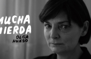 "Olga Hueso protagoniza ""MUCHA MIERDA"""