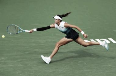 Garbiñe Muguruza durante su partido ante Serena Williams en Indian Wells. Foto: gettyimages.es
