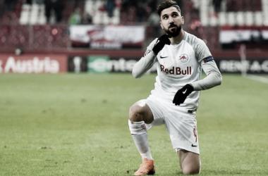 Dabbur celebrando un tanto con el Salzburgo   Foto: Sevilla FC