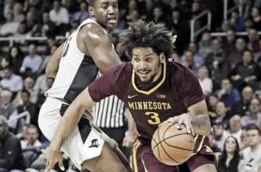 Murphy drives to the basket during Minnesota's win at Providence Monday night/Photo: University of Minnesota athletics website