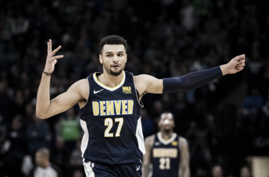 Jamal Murray celebra con su pose del arquero una canasta. Foto:Mile High Sports.