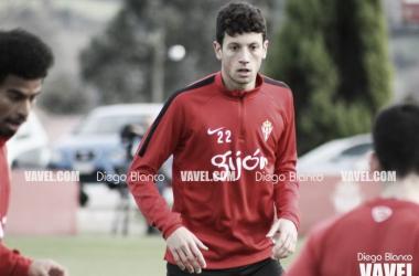 Anuario VAVEL Sporting de Gijón 2017: Mikel Vesga, la sorpresa vasca