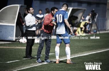 Carlos Castro dando instrucciones (Foto: Noelia Déniz)