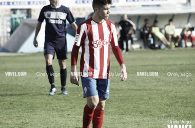 Nacho durante el partido frente al Marino esperando que se reanude el juego en Miramar | Foto: Onely Vega - VAVEL