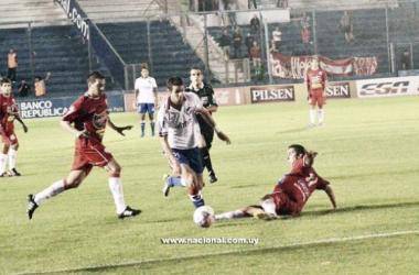 Imagen del último encuentro disputado entre Nacional y Rentistas. Foto: Nacional.
