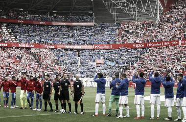 Hace un año, el gol de Toché en el Molinón en el minuto 87 daba el empate al conjunto azul. Imagen: futbolvintage.com
