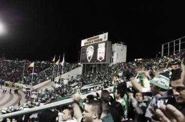 Pocos equipos se dan el lujo de meter 12.000 espectadores en otro país | Foto: Juan Camilo Álvarez