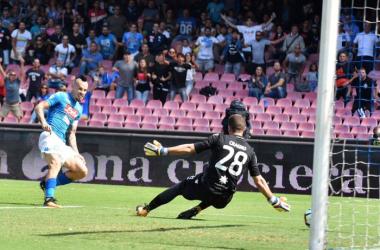 Il gol di Hamsik in avvio di gara - Foto SSC Napoli