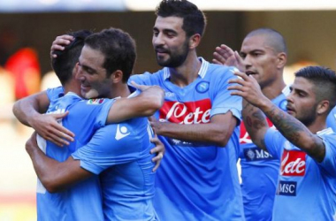 Higuaín desencanta e Napoli bate o Chievo