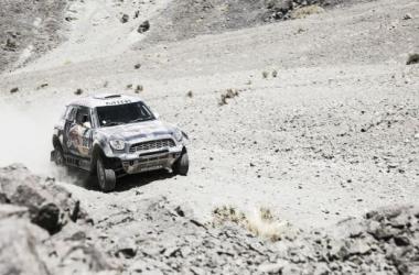 Batalla entre Toyota y Mini por el Dakar 2015