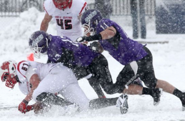 North Central College recovers a fumble against Mount Union in an NCAA Division 3 Semifinal game (Image courtesy of http://www.cleveland.com/)