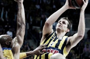 Fenerbahçe Ulker remonta para imponerse al Maccabi Tel Aviv