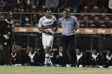Nenê e Aguirre em sintonia no São Paulo(Foto: Rubens Chiri/São Paulo FC)