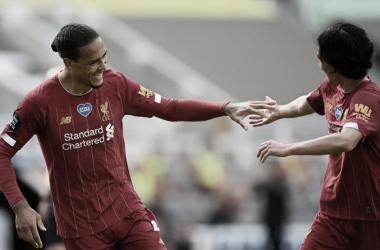 Campeão Liverpool reage e vence Newcastle de virada na última rodada da Premier League