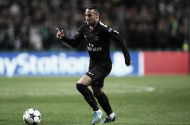 Neymar aguarda