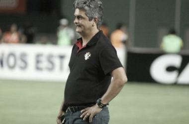 Após empate em clássico, Ney Franco afirma que seguirá no Vitória