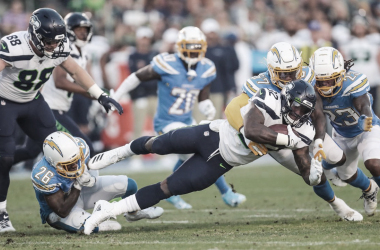 Seahawks marca diferencias frente a unos Chargers disminuidos