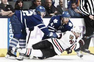 Em ótima atuação defensiva, Toronto Maple Leafs vence o Chicago Blackhawks