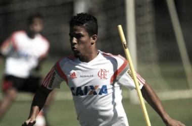 Nixon está fora da temporada (Foto: Gilvan de Souza/Flamengo)