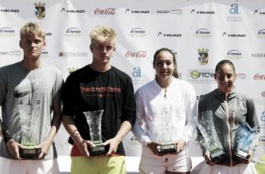 Nicola Kuhn y Seone Méndez se consagran como tenistas de futuro