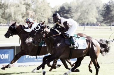 Alejandra Gutiérrez (exterior) ganando el pasado octubre en la sede de Torbes | Foto: horsereporter.com