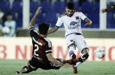 Tigre 3 - Newells 3. Janson en el último enfrentamiento (Foto: Cadena3)