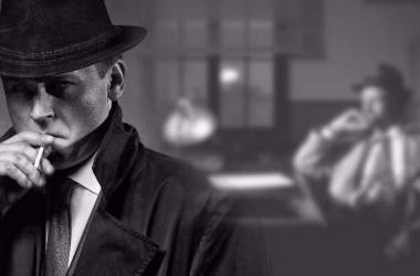 Imagen de culturacolectiva.com. Representa la combinación de luces y sombras característico del cine negro
