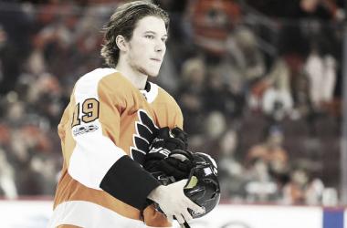 El jugador Nolan Patrick es el segundo center de los Philadelphia Flyers | Foto: AP Images