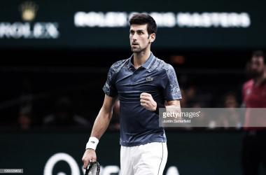 Djokovic celebra su victoria ante Joao Sousa. | Foto: Getty Images,