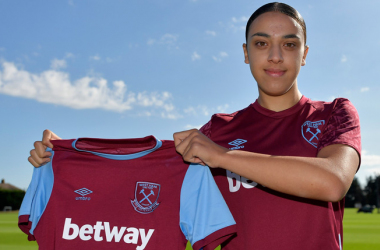 Young Swedish talent Nor Mustafa signs for West Ham United