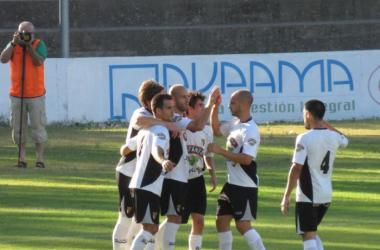 El Tudelano tutea a la SD Huesca y se lleva el Joaquín Segura