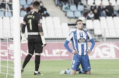 Christian Santos lamentándose por desperdiciar una ocasión frente al Almería. || Fotografía: Marca.